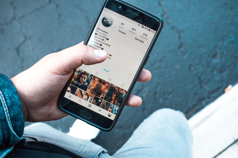 今すぐお金を稼ぐ方法㉖ LINEスタンプでお金を稼ぐ(+Instagramも活用)